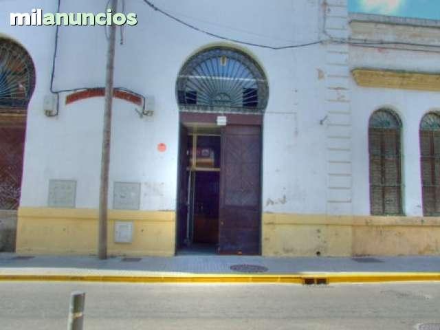 ALQUILER DE LOCAL CENTRO - foto 2