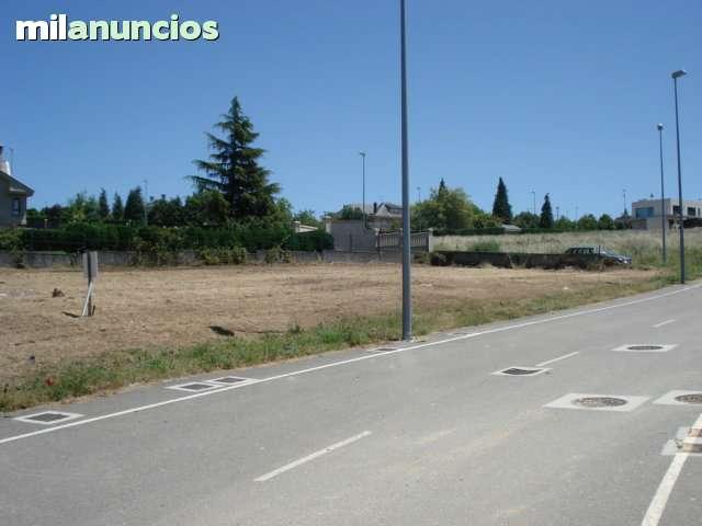 PARCELA 922 M2 - URBANIZACION LOUZANETA ( - foto 4