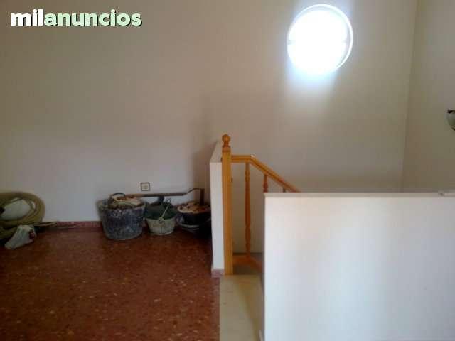 GRAN CASA EN CHIVA - foto 3