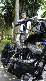 RESTAURACIÓN MOTOS COCHES EMBARCACIONES - foto