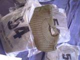 ropa militar y artculos militares. - foto