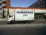 Camion mudanzas mas chofer 230 - foto
