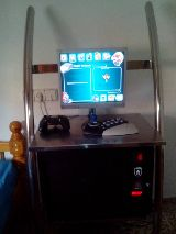 Mesa arcade o puesto de pc - foto