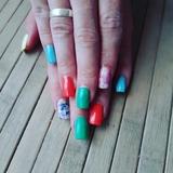 Estilista de uñas a domicilio - foto