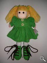 Muñeca de diseño de  trapo con coletas - foto