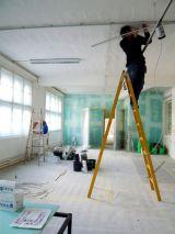Se ofrece oficial de electricista - foto