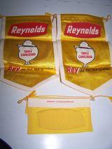 antiguo banderin reynolds - foto