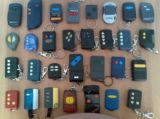 mandos de garaje y cambio de pilas - foto