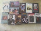400   cintas de  casete - foto