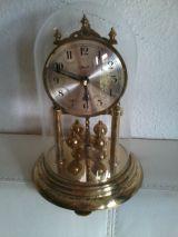 Reloj con fanal o cupula de cristal - foto