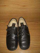 zapatos de piel número 31 - foto