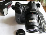 camara reflex Olympus E-1 y equipo - foto