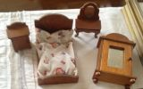 Muebles casita muñecas madera - foto