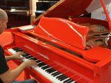 Piano Cola Rojo 160cm nuevo a estrenar - foto