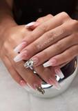 Decoración de uñas a tu gusto. - foto