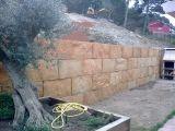 Excavacions, murs de pedra, enderrocs - foto
