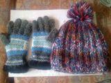 Gorro y guantes de lana - foto