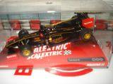 Lotus Renault r31 de scalextric - foto