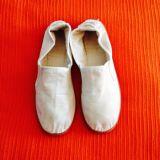 Zapatillas gimnasia. Talla 35 - foto