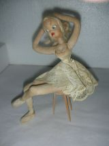 MuÑeca klumpe aÑos  50.bailarina sentada - foto
