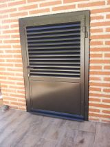 Puerta de hierro NUEVA A ESTRENAR - foto