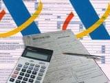 Declaraciones de renta e IVA. - foto