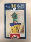Puzzle de piezas en miniatura - foto