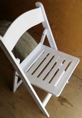 Alquiler sillas, mesas, neveras, carpas - foto