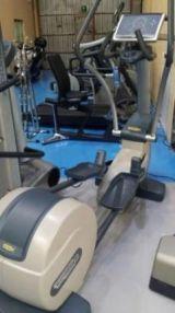 Eliptica technogym, maquinas de gimnasio - foto
