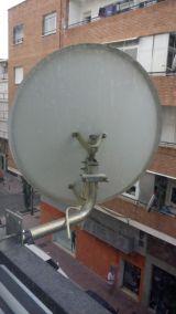 Antena satélite - foto