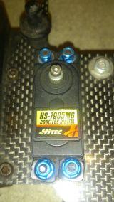 Servo hitec hs 7985mg high torque - foto