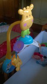 Mobil de bebé girafa - foto