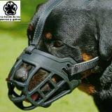 BOZAL PARA PERRO GRANDE segunda mano  Accesorios productos perros (MADRID)