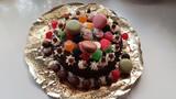 Se hacen tartas de todo tipo. Cumpleaños - foto