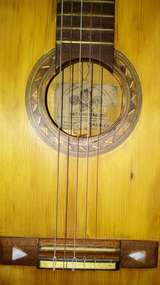 Se vende guitarra casa gonzalez - foto