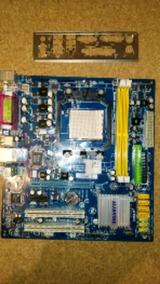 placa am2 gigabyte ga-m68sm-s2l - foto