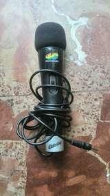 Micrófono cola cao 40 principales - foto