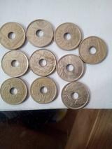 monedas de 25 pesetas de agujero - foto