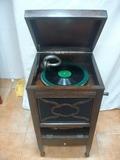 Gramofono antiguo - foto