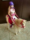 Barbie + 2 caballos - foto