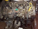DESPIECE  MOTOR 1. 5 DCI - foto