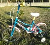Bicicleta pequeña. - foto