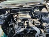 Motor  BMW 320 D - foto