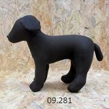 Maniqui perro mediano en pie - foto