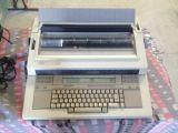 Máquina de escribir electrónica XEROX 60 - foto