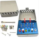 Kit con instrumentos Implante DentaL - foto