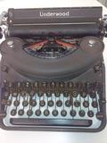 Maquina de escribir Underwood - foto