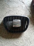 Parrilla seat ibiza - foto