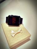 Reloj Tipo Smartwhatch A1 LED Rojo Negro - foto