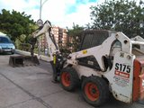 Excavadora minipala retroexcavadora - foto